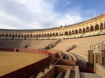 vs2d3_bullring_structure_geographical-feature_sport-venue_amphitheatre